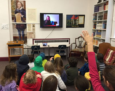 9-12) students Skype with friends in Italy - The New School